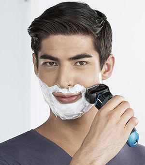 Braun Series 9 9095cc Electric Shaver